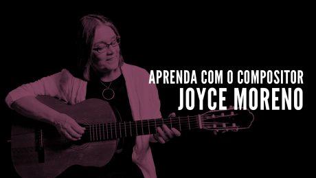 """Joyce Moreno segura seu violão com o título """"Aprenda com o compositor"""""""